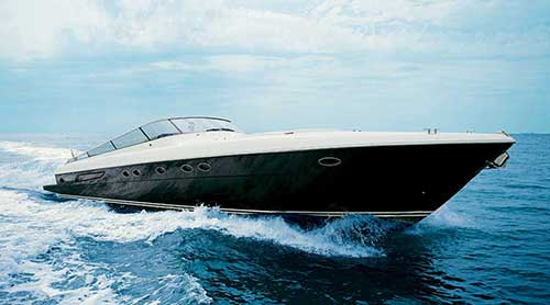 luxury yacht charter with skipper